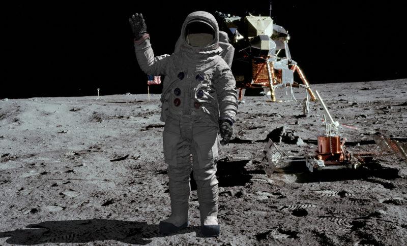 プランニングワークの宇宙での船外活動